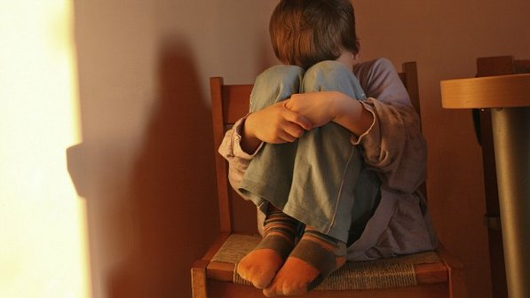 abuso-infantil-crianca-violencia-20120522-size-598