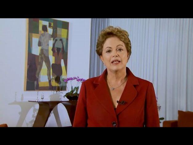 presidenta-dilma-rousseff-no-pronunciamento-em-homenagem-ao-dia-do-traba