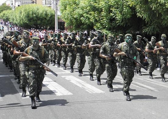 desfile-civico-caico