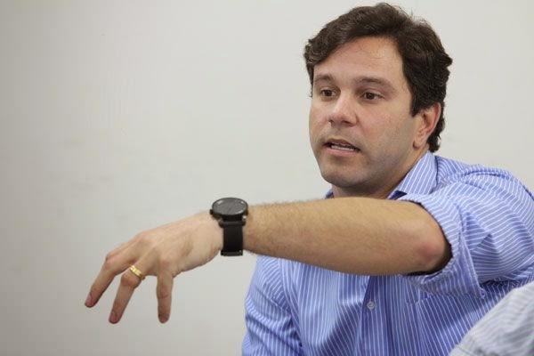 Diretor-da-Caern-Marcelo-Toscano-anuncia-adutora-para-Caicó
