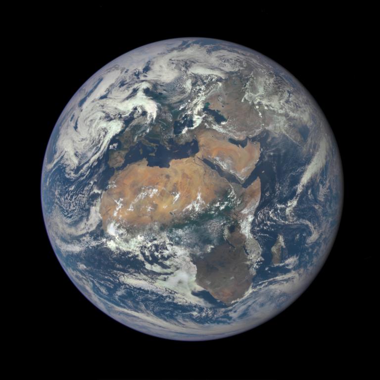 Nasa-Terra-20150729-01-768x768