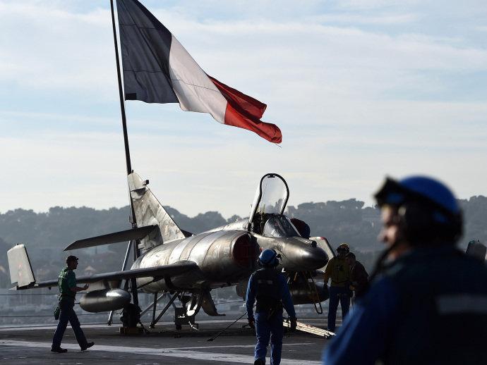 alx_homenagem-paris-ataques-atentados-20151118-0006_original