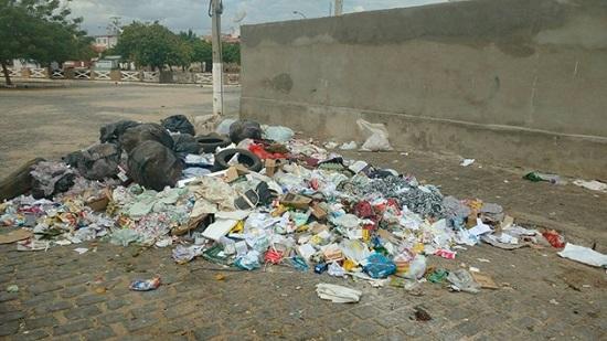 caico_lixo