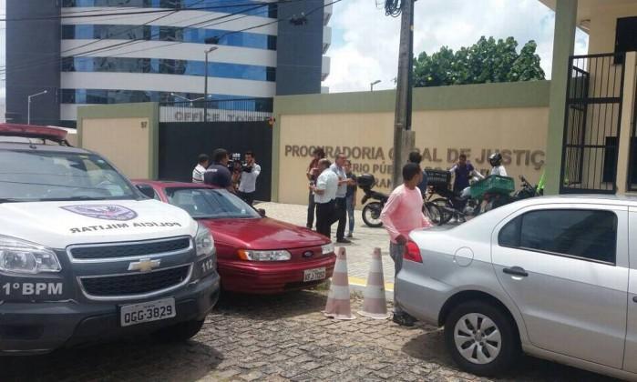 Resultado de imagem para imagens promotor é baleado em sede do mp em natal
