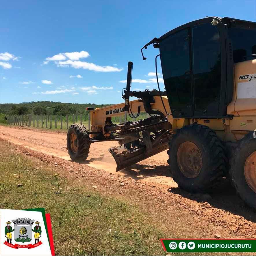 Prefeitura segue recuperando as estradas da zona rural