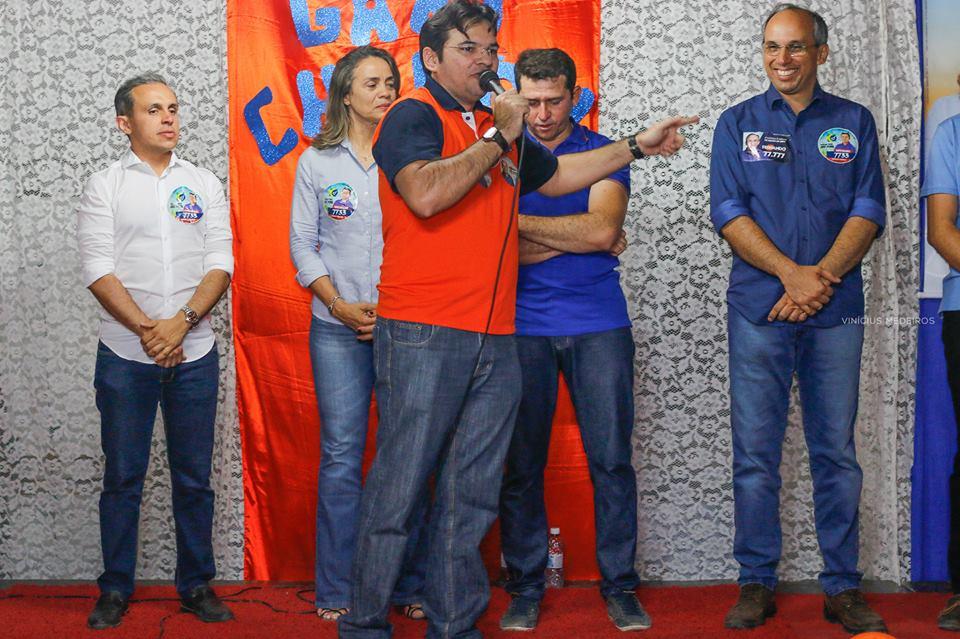 Prefeito Valdir reafirma apoio a Fernando Bezerra durante mobilização em Jucurutu