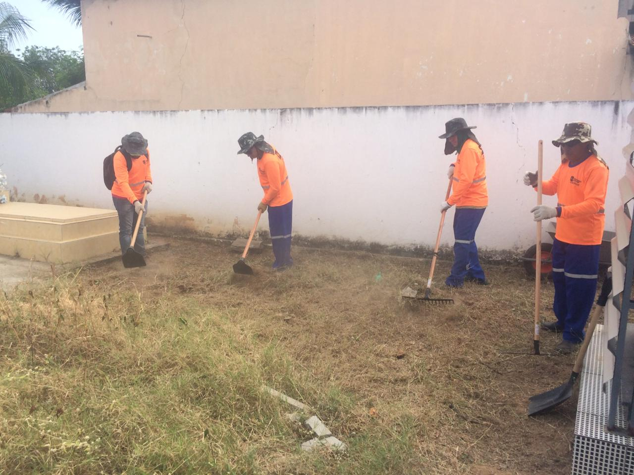 Prefeitura de Jucurutu reforça limpeza no Cemitério Municipal